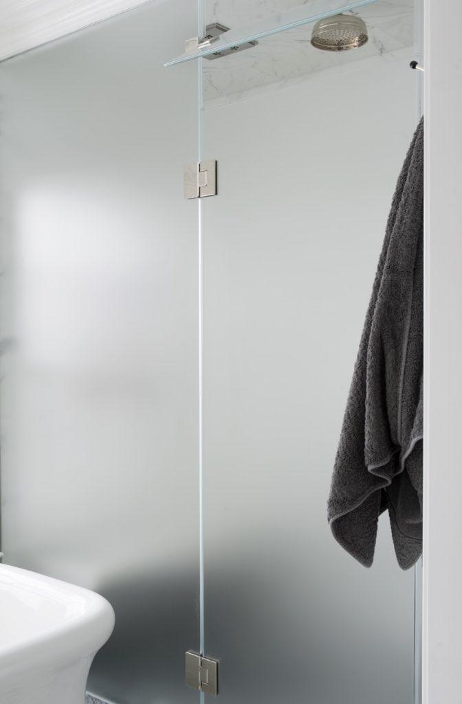 master bath shower enclosure7979