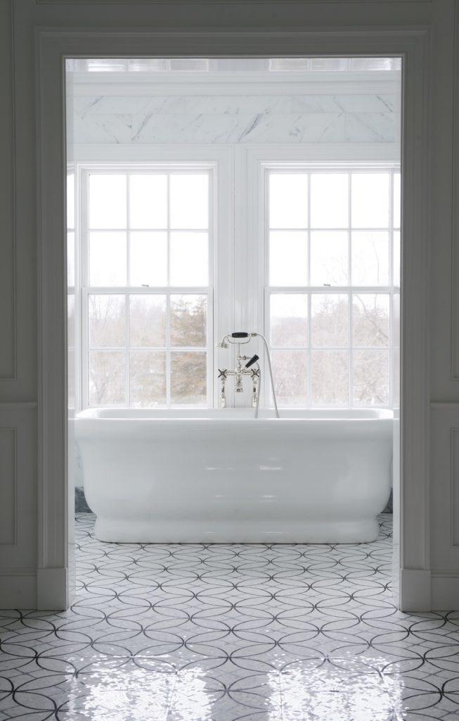 master bath tub wider8023