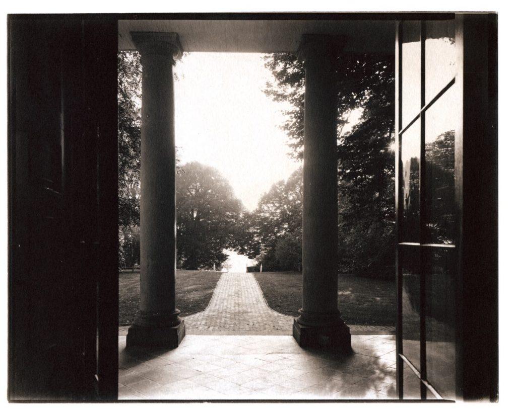 Monticello-Robert-Lautman