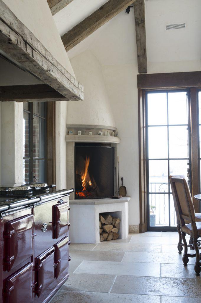 stove and fire vignette3296